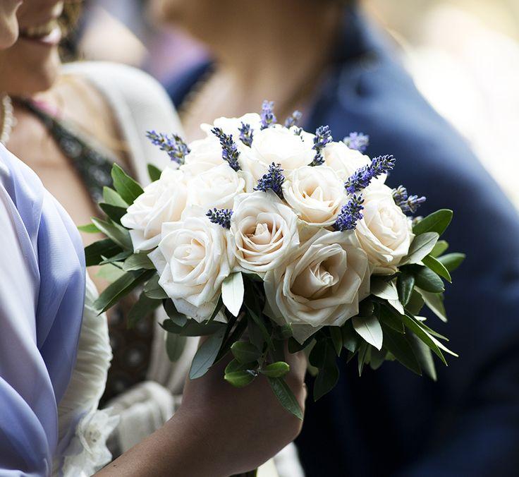 white_jasmine_bouquet_sposa_fiori_matrimonio_firenze_wedding_flowers_florence_bouquet_romantic