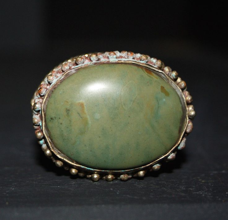 Silver Jewelry Box, 1970s Vintage Box, Natural Green Agate, Silver Agate India, Boho Hippie Gift, Ring Box, Stash Box by ArtBarn on Etsy https://www.etsy.com/listing/490353537/silver-jewelry-box-1970s-vintage-box