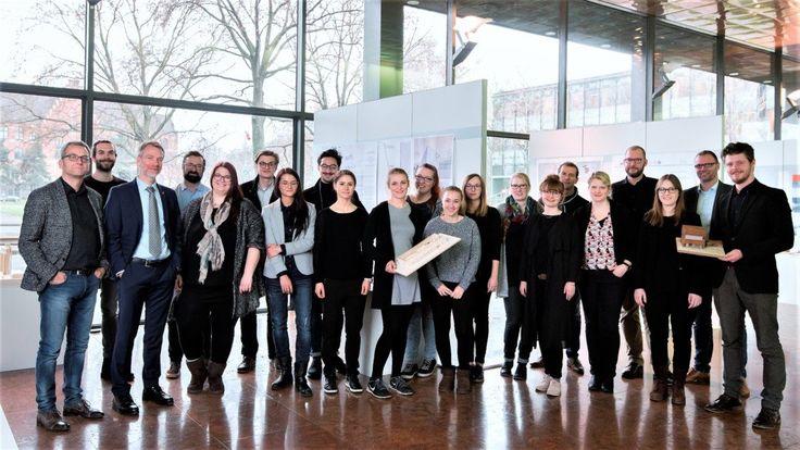 Architekten-Nachwuchs der Fachhochschule Dortmund entwirft Besucherzentrum für Stahl-Standort in Duisburg