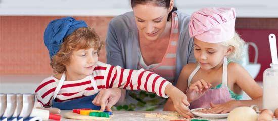 Prevenire l'obesità? Insegnate ai bambini a cucinare e a fare l'orto!