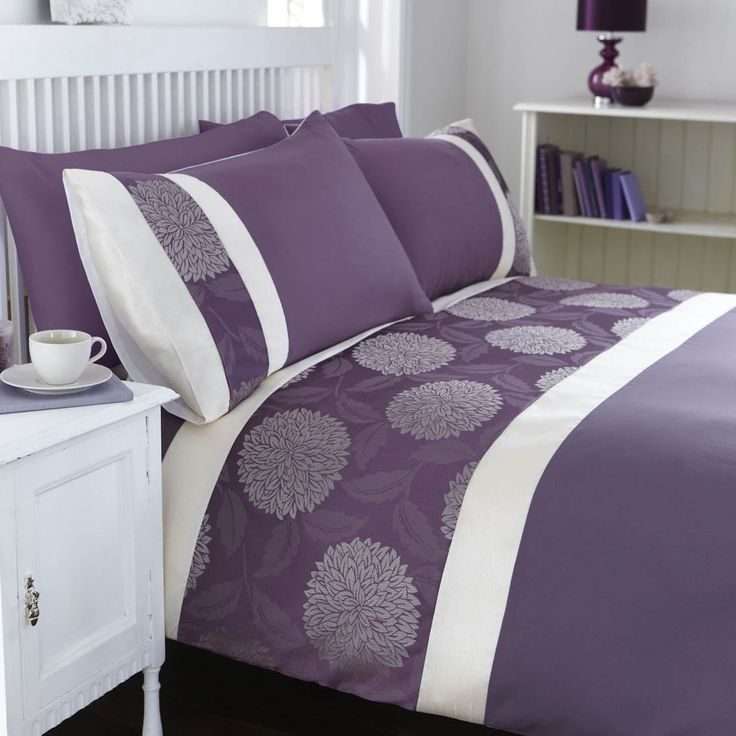 Purple And Gray Bedding. Caprifoglio Argento Bedding. Modern ...