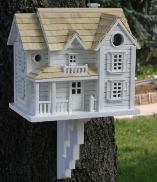 Love these birdhouses!