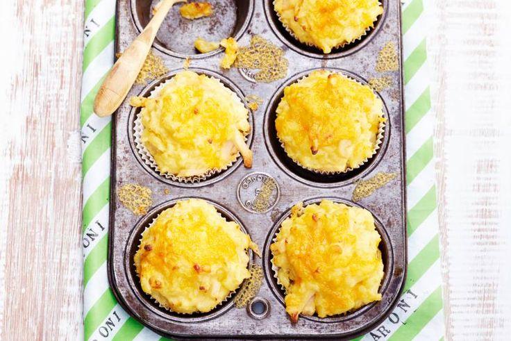 Kijk wat een lekker recept ik heb gevonden op Allerhande! Mac 'n cheesemuffins met bloemkool & kip