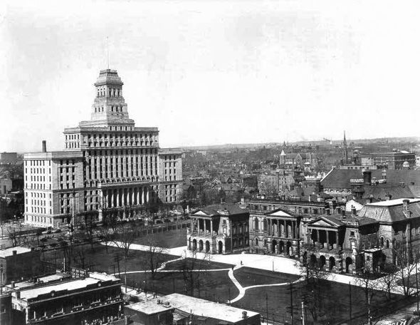 Canada Life Building (and Osgoode Hall), Toronto, c. 1934. #vintage #1930s #Canada #streets