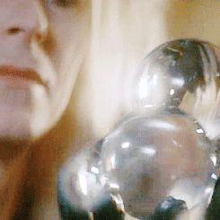 David Bowie  Gif  labyrinthe
