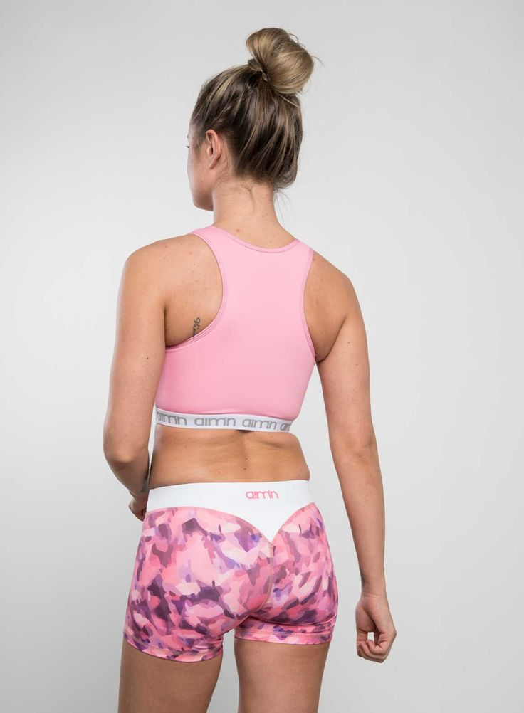 PINK CROP TOP <3  www.aimn.com #aimn #sportswear #workout #leggings #tights #details #lifestyle #cute #printed #style #women #motivation #outfit #fitness #yoga #perfect #match #sporty #style #sportsbra