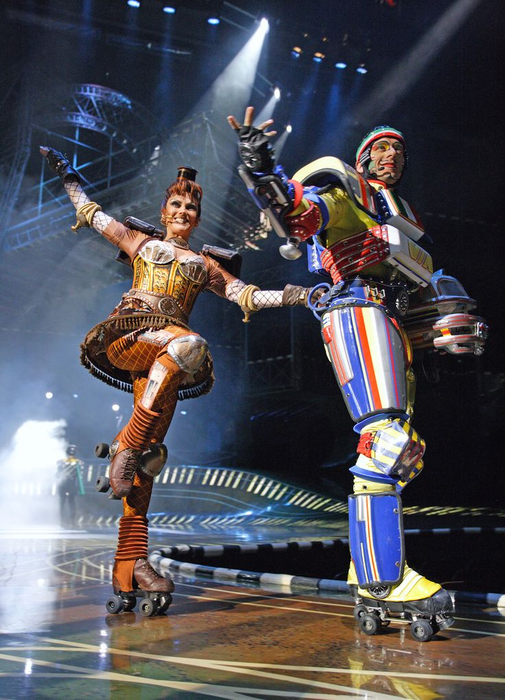 Ashley and Espresso. View images from the German-language production of Starlight Express, at the Starlighthalle in Bochum, Germany. Photo: Jens Hauer.