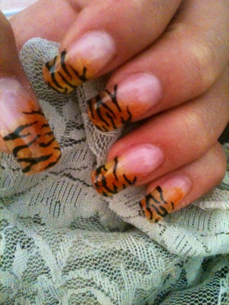 Unghie Tigrate