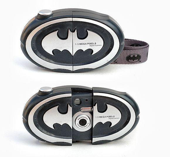 50 Vintage Cameras: A Buyer's Guide For Photographers  Batman Digital Camera