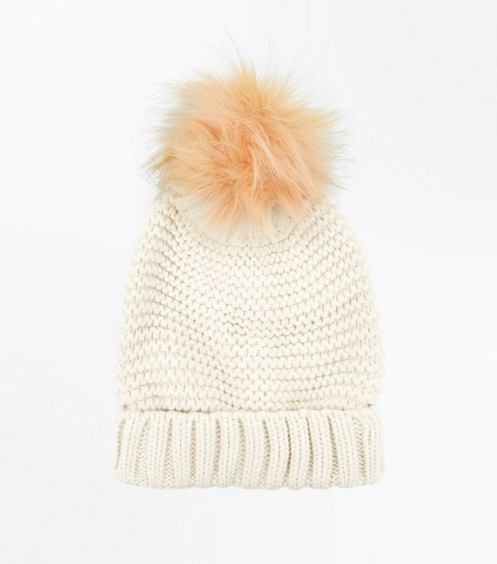 Z2018  Pink Knit Faux Fur Bobble Hat | New Look