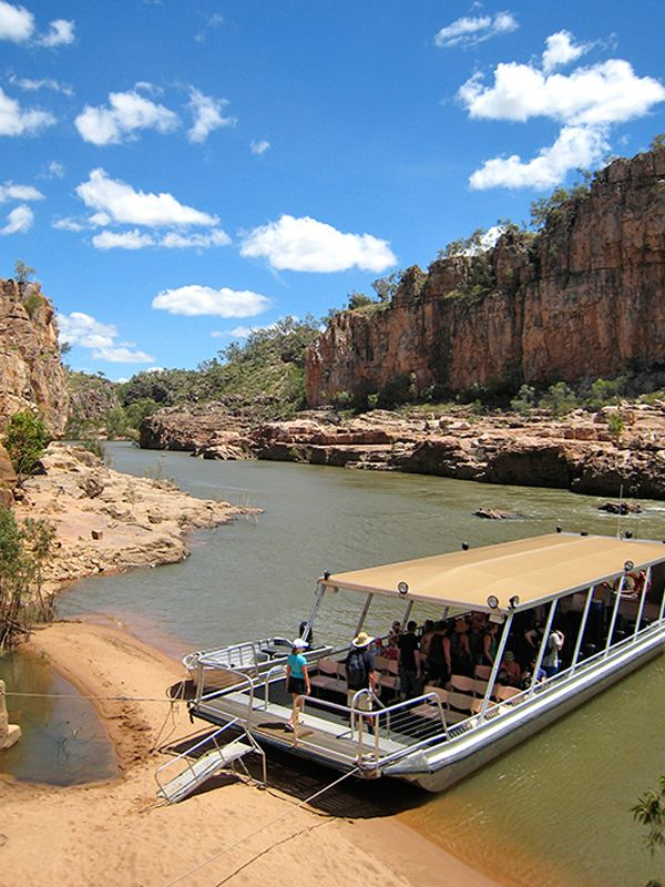 Katherine Gorge Cruise, Northern Territory, Australia. v@e.