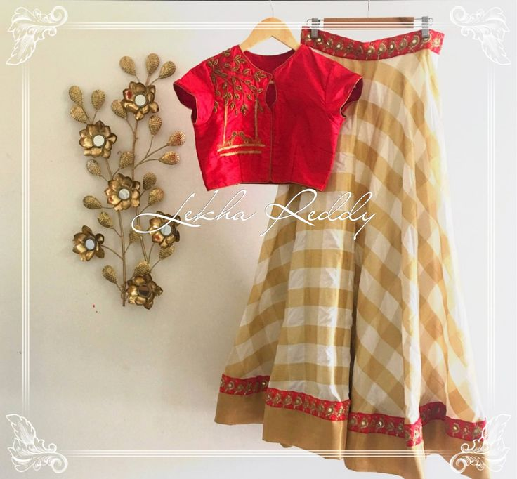 This cream and red crop top lehanga will make anyone look more stunning..Dress Code : LR-LG41Email:lekhareddydesigns@gmail.comPhone   Whatsapp: +91 8790797505  30 May 2017
