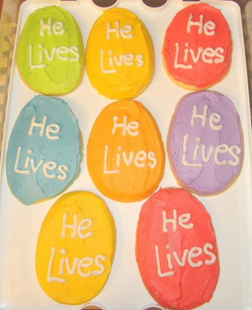 lots of cute ideas for a Christian Easter with kids. coloring pages, connect the dots, booklets