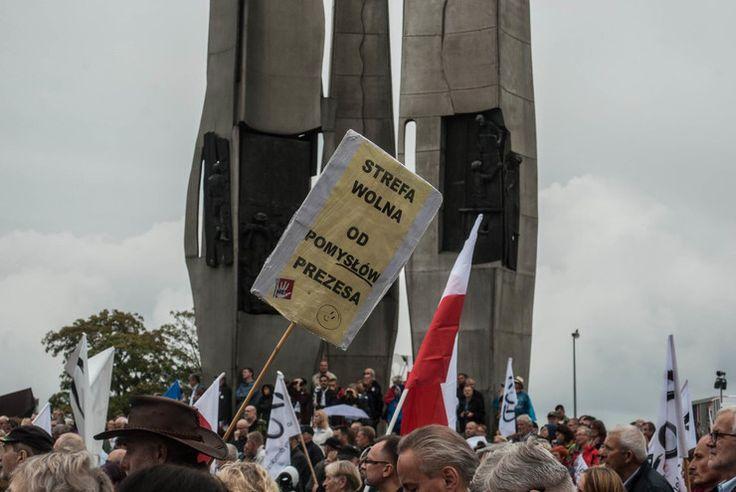 Gdańsk: manifestacja KOD - Wiadomości