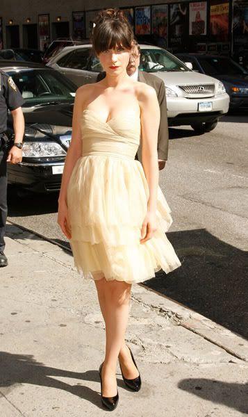Pretty dress!: Hair Duds, Summer Colors