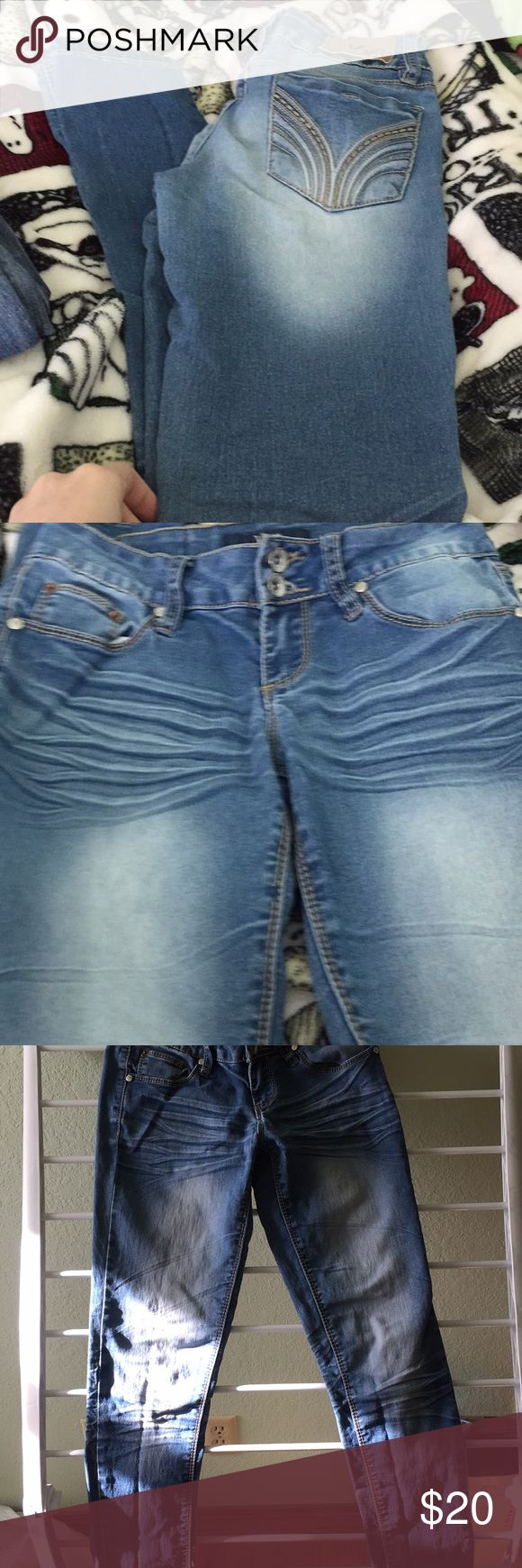 YMI jeans Size 1 too small. Great condition. YMI Jeans Skinny