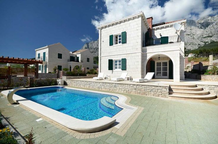 VillasCroatia.com - Traditional Family Villa in Makarska with pool, Makarska Villas to rent for perfect Luxury Villa Holidays in Makarska Croatia #VillasCroatiaCom