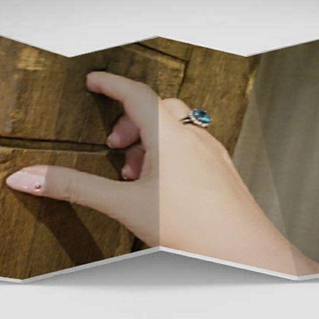壁に穴があいていた( ˙◊˙ ) 指を入れてみる😆💗😁 このお店、今のお気にいり👼💞 指輪はブルートパーズとダイヤ 直感力をより強化してくれるこの指輪 仕事中に付けていることが多いです💁  #ネイル  #ジェルネイル  #セルフネイル  #セルフネイル部  #指輪  #穴  #壁  #リング  #ひとり遊び  #アイリッシュパブ  #おひとりさま  #仕事帰り