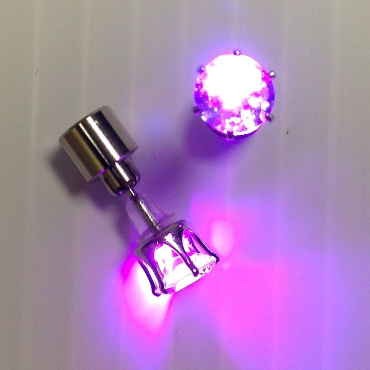 Stand out in the crowd with a pair of Gorgeous Diamond LED Stud Earrings from GloFX! These glow rave earrings are made with Cubic Zirconia and come in a variety of colors.