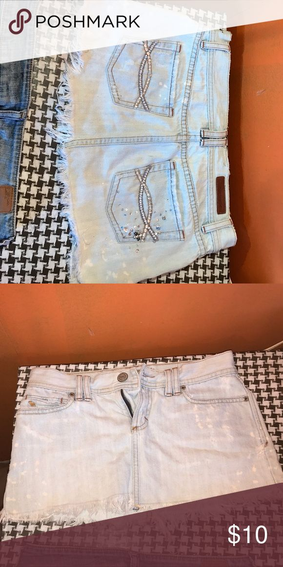 Abercrombie and fitch skirt Light blue Abercrombie and fitch  skirt. Great condition. Abercrombie & Fitch Skirts Mini