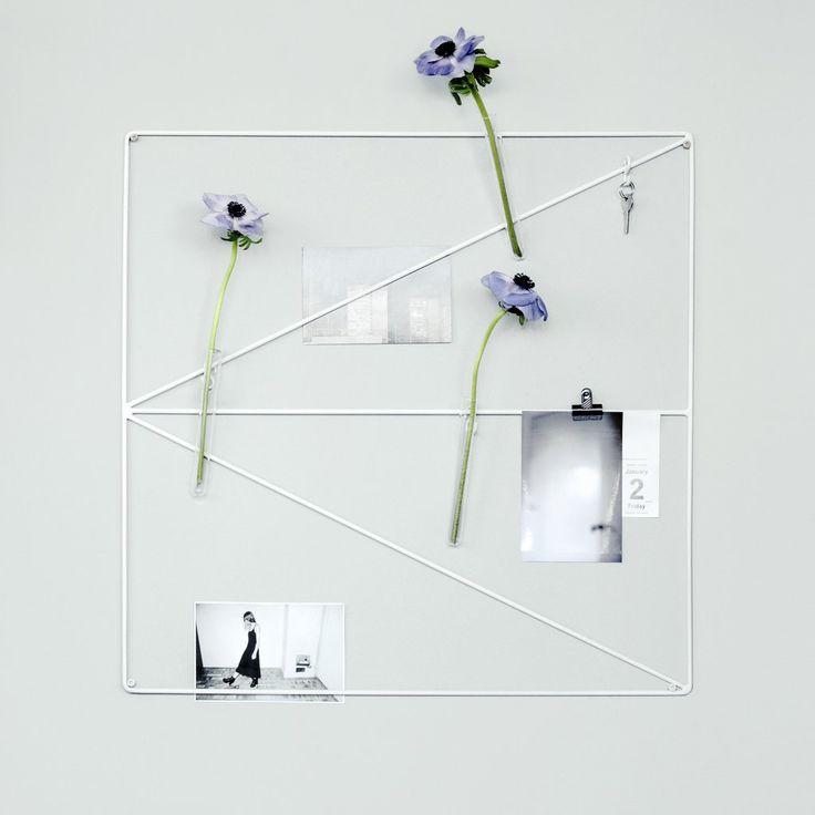 Wallment Arrow Grid wall storage board with blue poppies | Nordic design | Scandi style minimalism | wire mesh memo board | minimal key rack | inspiration wall | Anslagstavla #moodboard #inspirationboard
