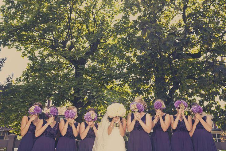 matrimonio  in autunno abiti da sposa abiti da damigella viola impero
