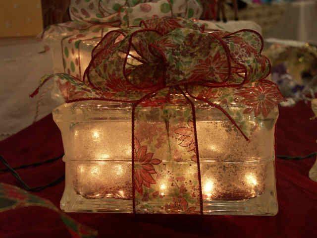 Donna Gigica: Aqui e ali 30 # Porta Retrato Decora Natal -Glass Block Photo