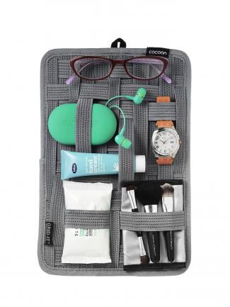 The perfect mini-manager. Flight 001. #moremagazine http://www.more.com/best-travel-accessories#