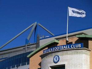 Chelsea beat Manchester United to sign Ajax teenager Daishawn Redan?