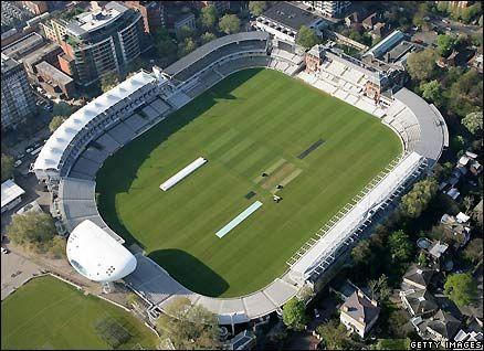 Media Centre, Lord's Cricket Ground, by Jan Kaplicky