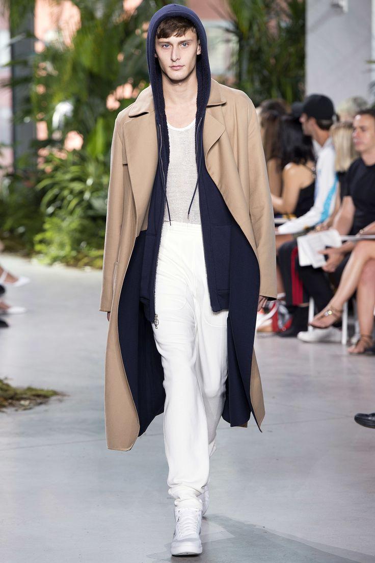 Lacoste Spring 2017 Ready-to-Wear Fashion Show - Jeremy Matos