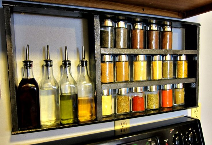 Yay! Apartmenting : DIY Pallet Spice Rack