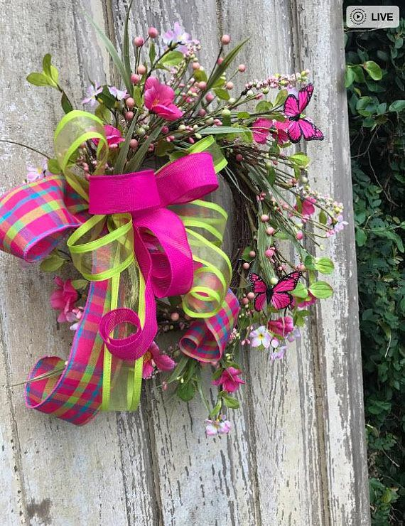Mothers Day Wreath, Butterfly wreath, Spring wreath, Summer Wreath, Back door Wreath, Front Door Wreath, Double door wreath, Everyday Wreath More Spring Wreaths https://www.etsy.com/shop/Keleas?section_id=12965508&ref=shopsection_leftnav_8 Dimensions 16x 16 and 6 Deep 13 grapevine base