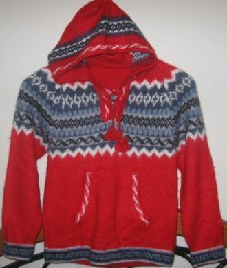 roter peruanischer kapuzen sweater alpakawolle herren pullover aus alpakawolle pinterest. Black Bedroom Furniture Sets. Home Design Ideas