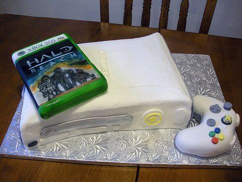 A Legendary Halo: Reach Birthday Cake