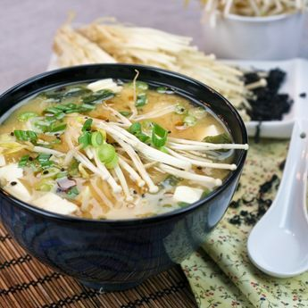 "Miso Soup - My ultimate quick and easy meal!-..3 cups  water ◾¼ cup warm water ◾2 tbsp miso diluted ◾50g rice vermicelli ◾50g soft tofu, cut into ½"" cubes ◾25g enoki mushrooms (or shiitake) ◾1 tsp dried wakame, flaked ◾1 green onion, sliced (though you might not use the whole thing) ◾a handful bean sprouts ◾sprinkle sesame seeds ◾few drops sesame oil"