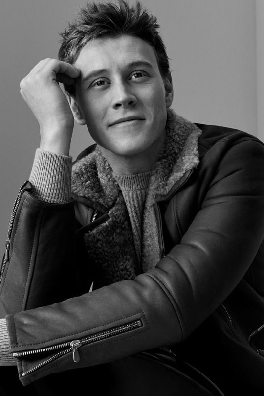 George MacKay, photographed by Stefan Heinrichs for Mr Porter, fall 2017