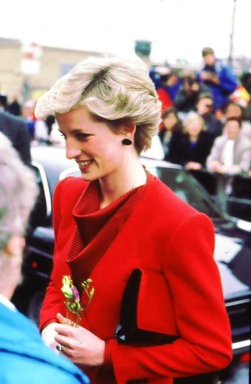 27 January 1987 Princess Diana at Whitefield School Star Unit for Disabled Children, Walthamstow, London,