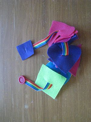 Button snake - ribbon with large button sewed on one end and felt square on the other; cut felt shapes and make slit in center large enough for button.: Felt Shapes, Busy Bags, Buttons, Fine Motor, Toddler Activities