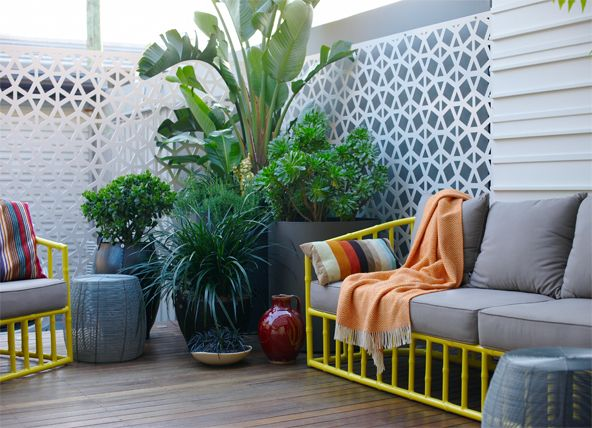Planters, Robert Plumb lounge setting