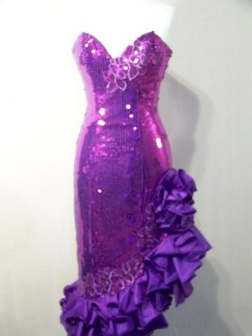 Lisa Jane this looks like your homecoming dress kinda!!