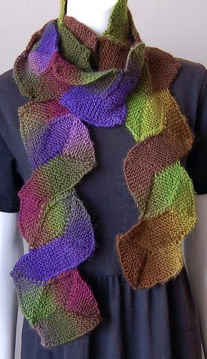 FREE - Mochi Plus 10 Stitch Zig Zag Scarf - Crystal Palace Yarns - free knit scarf pattern