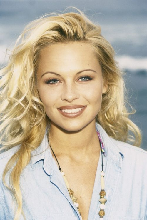Young Pamela Anderson---gorgeous! <3 i love her: Young Pamela, Gorgeous Celebrity, Beautiful Woman, Pam Anderson, Pamela Anderson Young, Blondes Beautiful, Pamelaanderson, Beautiful Hollywood, Gorgeous Faces