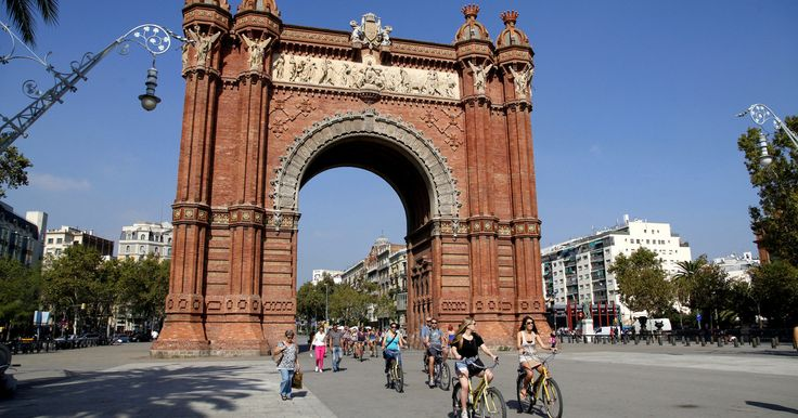 Explore Barcelona by bike on a 4-hour tour of its major attractions, from the Parc de la Ciutadella to the awe-inspiring Sagrada Familia. Cruise through the old Gothic quarter, the wide avenues of L'Eixample, and the sandy beaches of Barceloneta.