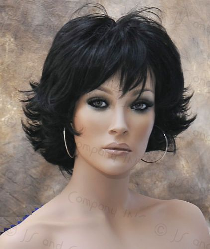 Short Wavy Hairstyles Ese : 82 best layered short medium hairstyles images on pinterest