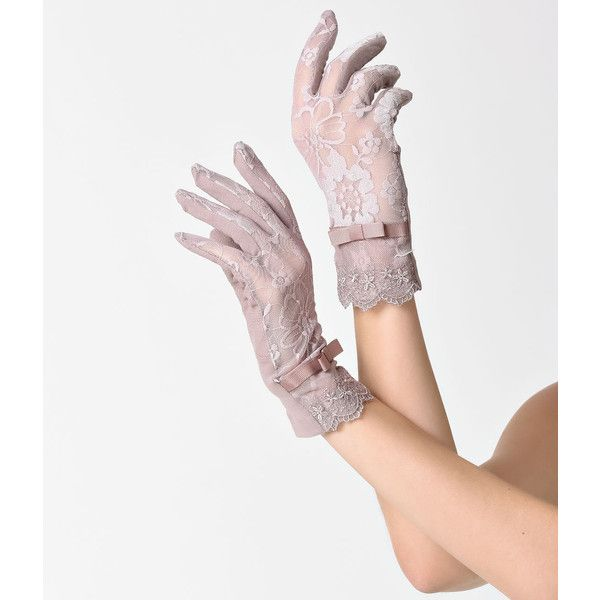 A touch of grace from Unique Vintage, these gorgeous lace short gloves are cast in a light mauve. Feel like royalty all evening long with the lightweight lace,…