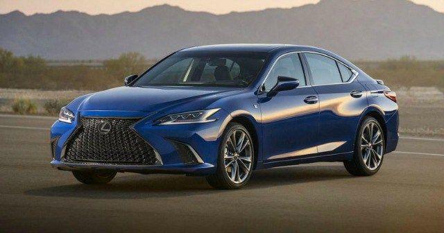 Now Beginning Its Seventh Generation The Lexus Es 350 Is The Upscale Toyota Nameplate S Midsize Luxury Sedan It S An Improvement Lexus Es Luxury Sedan Lexus