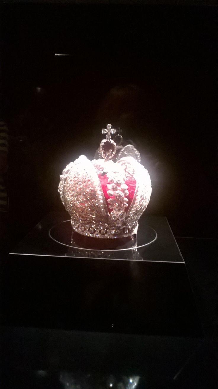 Replica kroon 👑 van Catharina de Grote op expositie in Hermitage Amsterdam