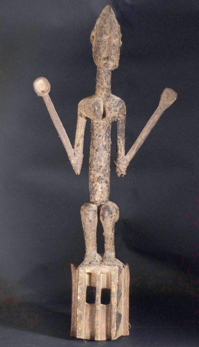 Nu in de #Catawiki veilingen: African Tribal DOGON SATIMBE Ritual Bulu dance Mask. Mali.