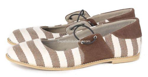 Sepatu wanita G 7111 adalah sepatu wanita yang nyaman dan...